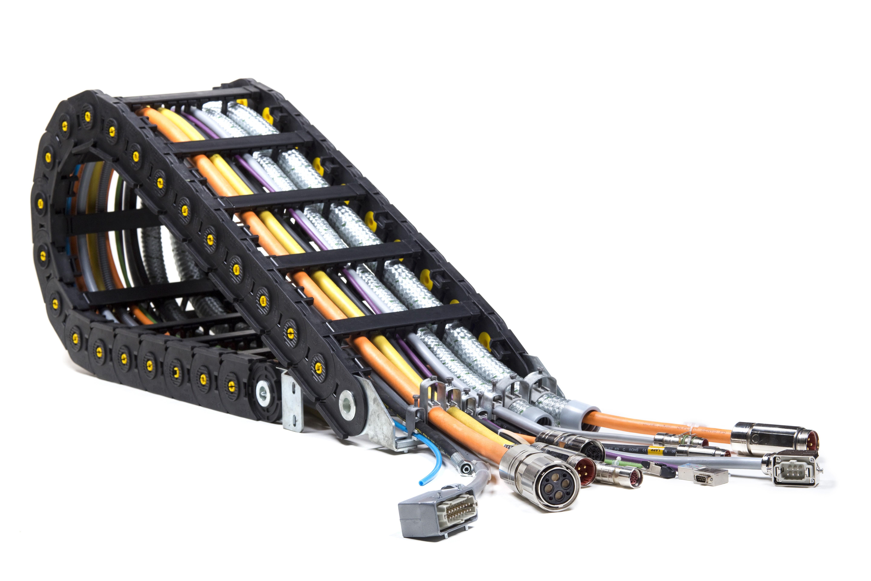 Příklady ÖLFLEX® CONNECT CHAIN: plněný energetický řetěz