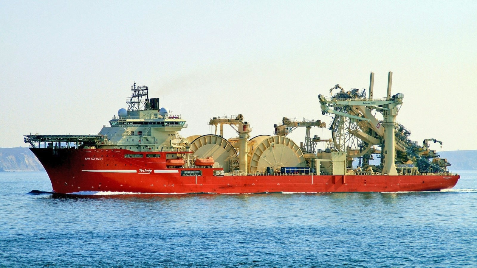 Miltronic sine kabelløsninger kan brukes til de fleste skip, marine og offshore applikasjoner.
