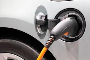 Elkøretøjer og hybridbiler - her finder du ladekablet