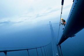 På den världsberömda Öresundsbron märktes de installerade kablarna med FLEXIMARK®-produkter