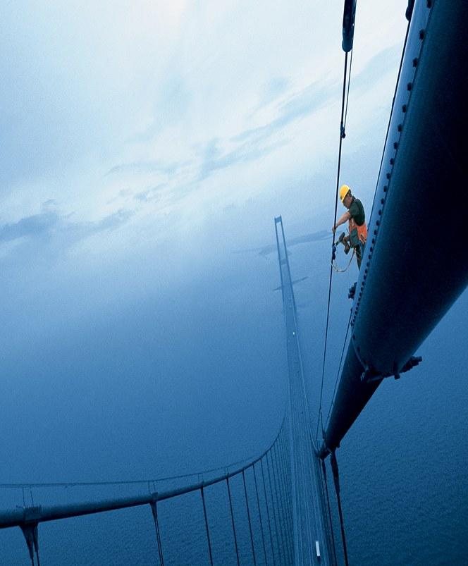 Op de wereldberoemde Öresundbrug in Zweden werden de geïnstalleerde lijnen gemarkeerd met FLEXIMARK®-producten
