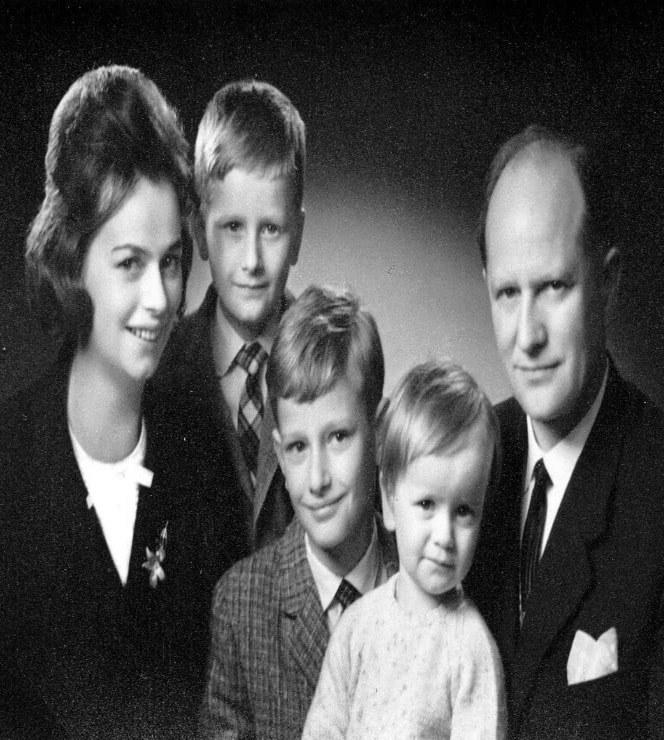 Урсула Ида и Оскар Лапп с детьми Зигбертом, Андреасом и Фолькером