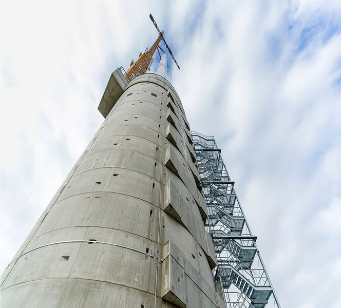 Самые высокие в мире ветрогенераторы расположены в г. Гайльдорф.
