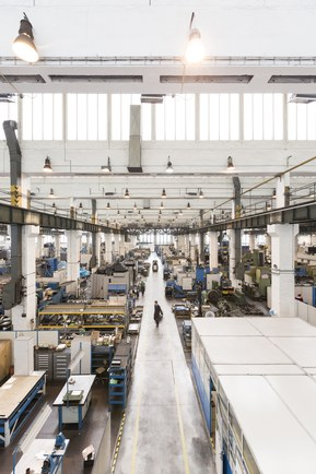 Среди клиентов TOSHULIN такие компании, как Rolls-Royce, General Electric и Siemens.