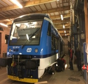 Instalace ÖLFLEX® TRAIN do soupravy Stadler