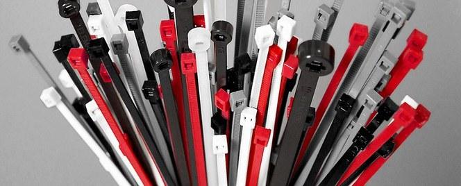 Stort udvalg af kabelbindere og kabelstrips