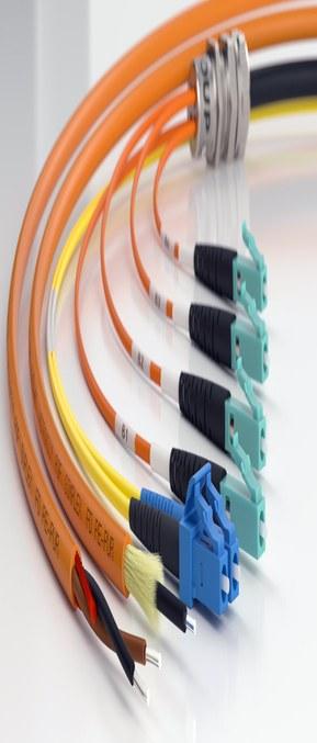 HITRONIC® optiske datakabler gir sikker og superrask dataoverføring til alle typer industrielle applikasjoner, både inne og utendørs.