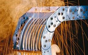 KABELSCHLEPP® kabelkjeder kan bukes innen alle typer industri, også ved ekstreme temperaturer og tøffe miljøer, onshore og offshore.
