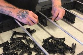 I vår egen produktion i Nyköping bygger och dressar vi dina släpkedjor