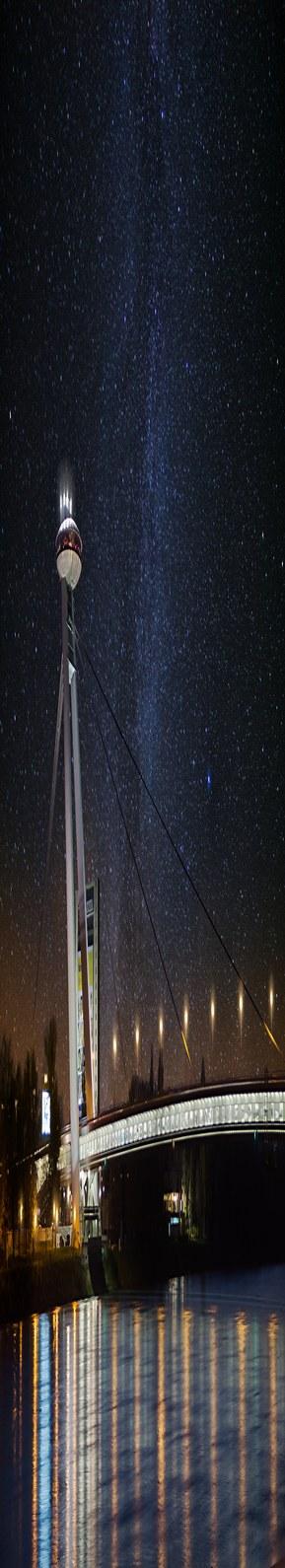 stock-photo-snp-bridge-at-night-77922779