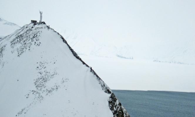 Kabler til ekstreme forhold på Arktis og i Himalaya