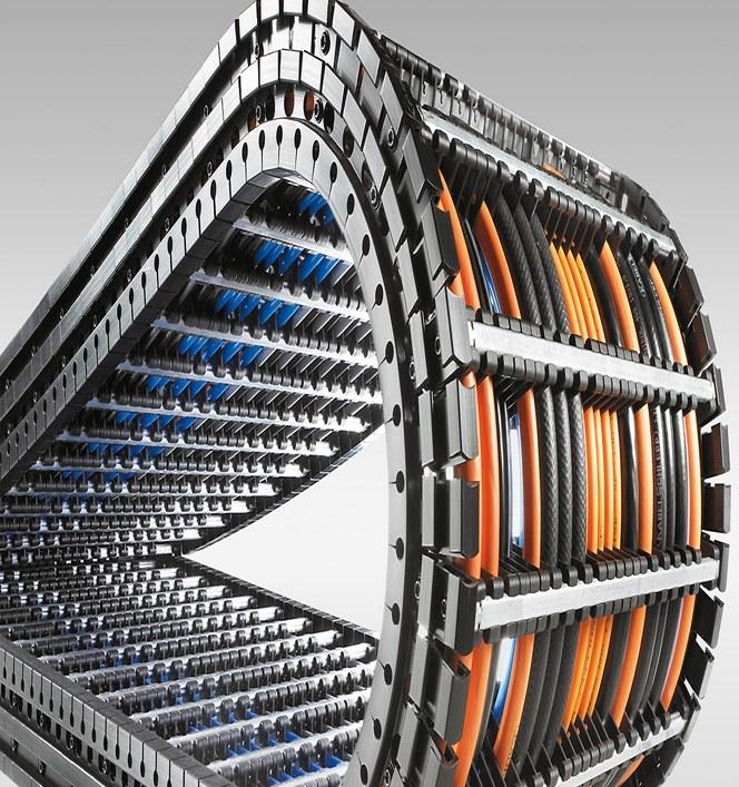 Flexibel kabel och ledare för rörliga applikationer