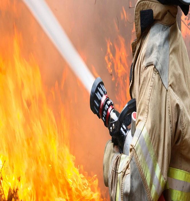 Brand frisätter halogenerade väten från plaster