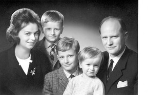 Ursula Ida y Oskar Lapp con sus hijos Siegbert, Andreas y Volker
