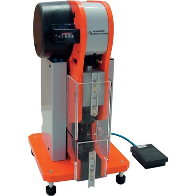 Pneumatic crimping machine for single contacts